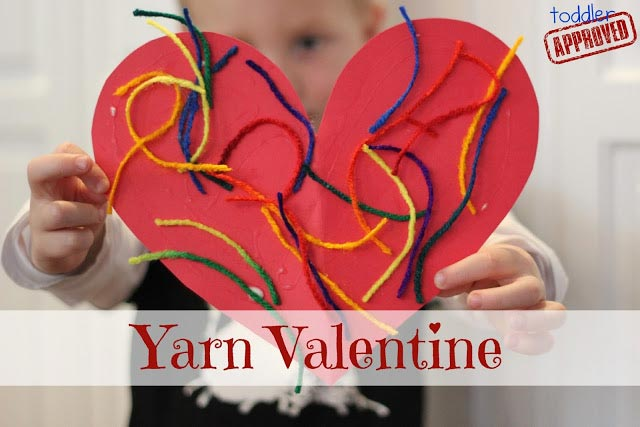 Simple Yarn Valentine - Toddler Approved!
