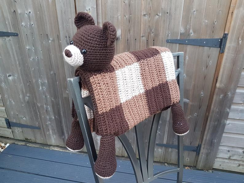 Woodland Bear Crochet Blanket