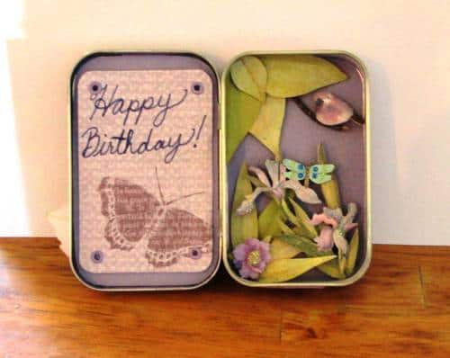 Altoid Tin: Craft your Altoid tin into a birthday card
