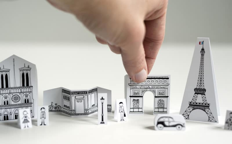 Altoid Tin: Make a travel sized city of Paris