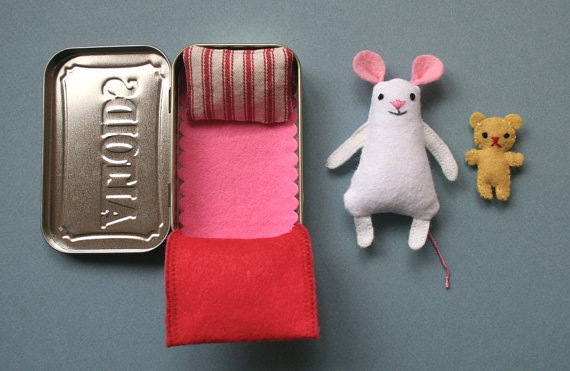 Altoid Tin Toys: Make a mouse and his teddy bear pal
