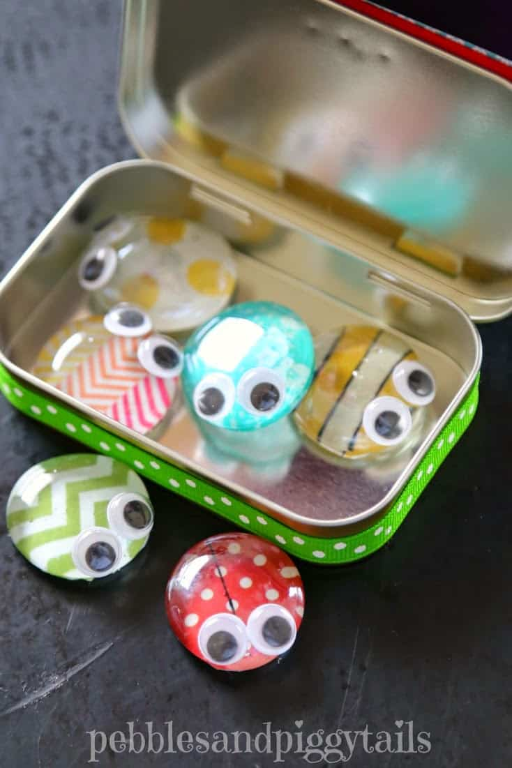 Altoid Tin Toys: Fill it with pet bugs