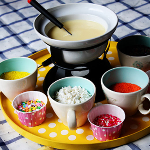 LOVE this! A cupcake fondue that