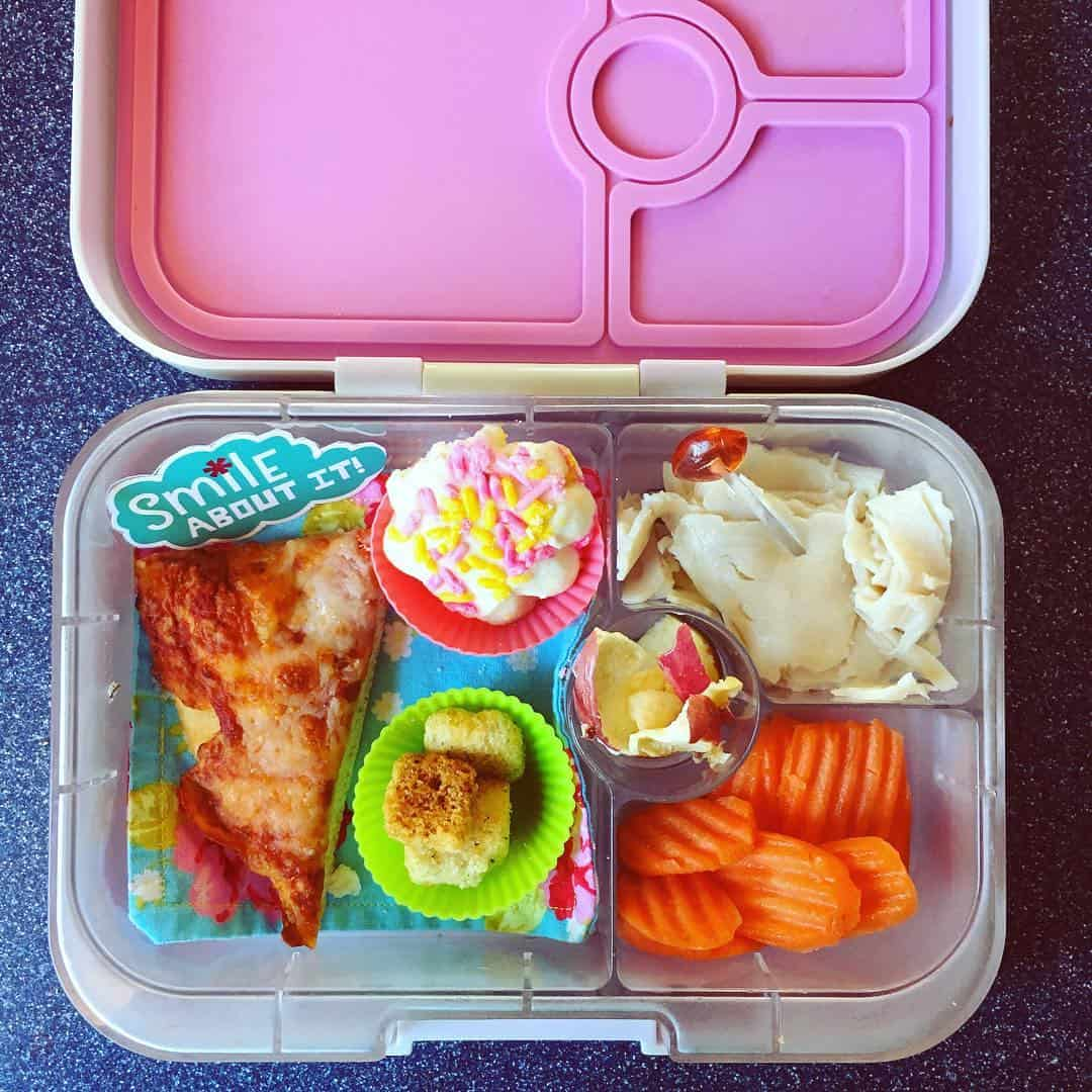 12 awesome bento box lunch ideas for kids you need to try. Black Bedroom Furniture Sets. Home Design Ideas