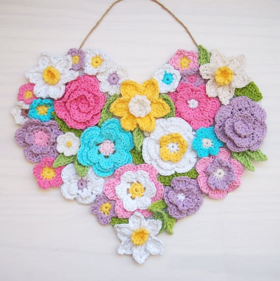 This Flower Heart is wonderful and unique Spring celebration project ! Also it's perfect stash buster;-) The file pattern includes 7 ornaments (5 flowers and 2 leaves)written instructions and pictures to show you the process step by step. Very easy to follow.