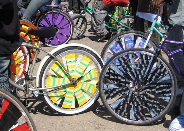 How to Decorate a Bike: Make your own scraper wheels