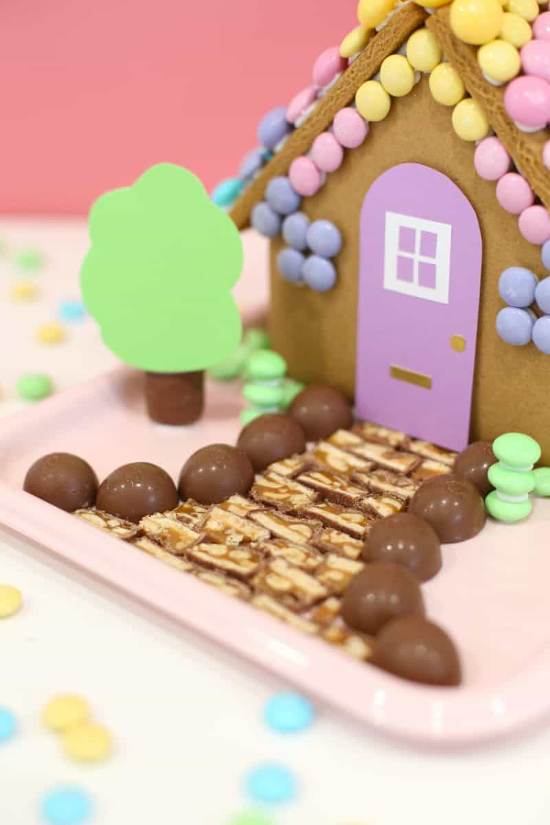 DIY Easter Bunny Gingerbread House