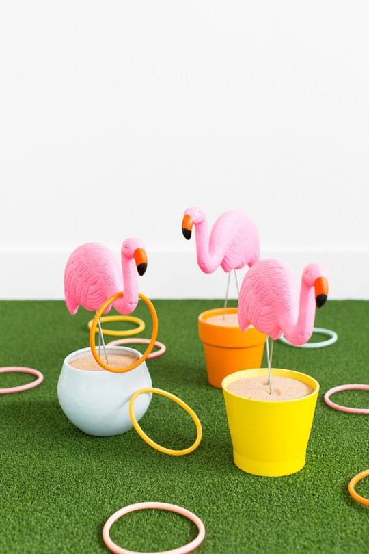 Flamingo Toss Yard Game