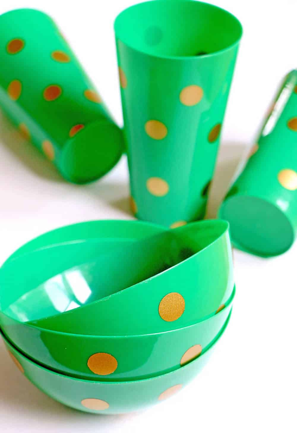 Vinyl Craft: Kate Spade Inspired Gold Polka Dot Tumblers and Bowls