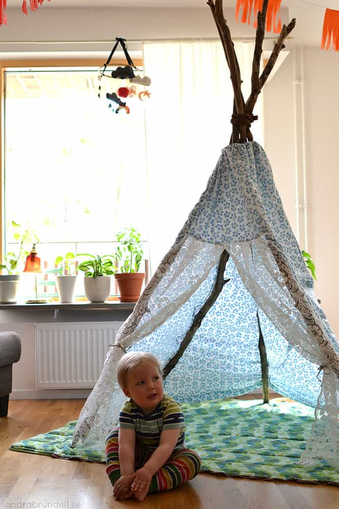 Sew a Cheap and Simple Teepee