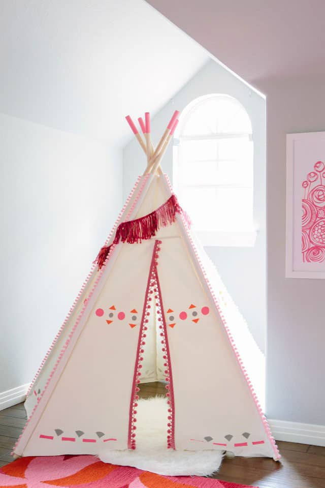 DIY Painted Kids Teepee