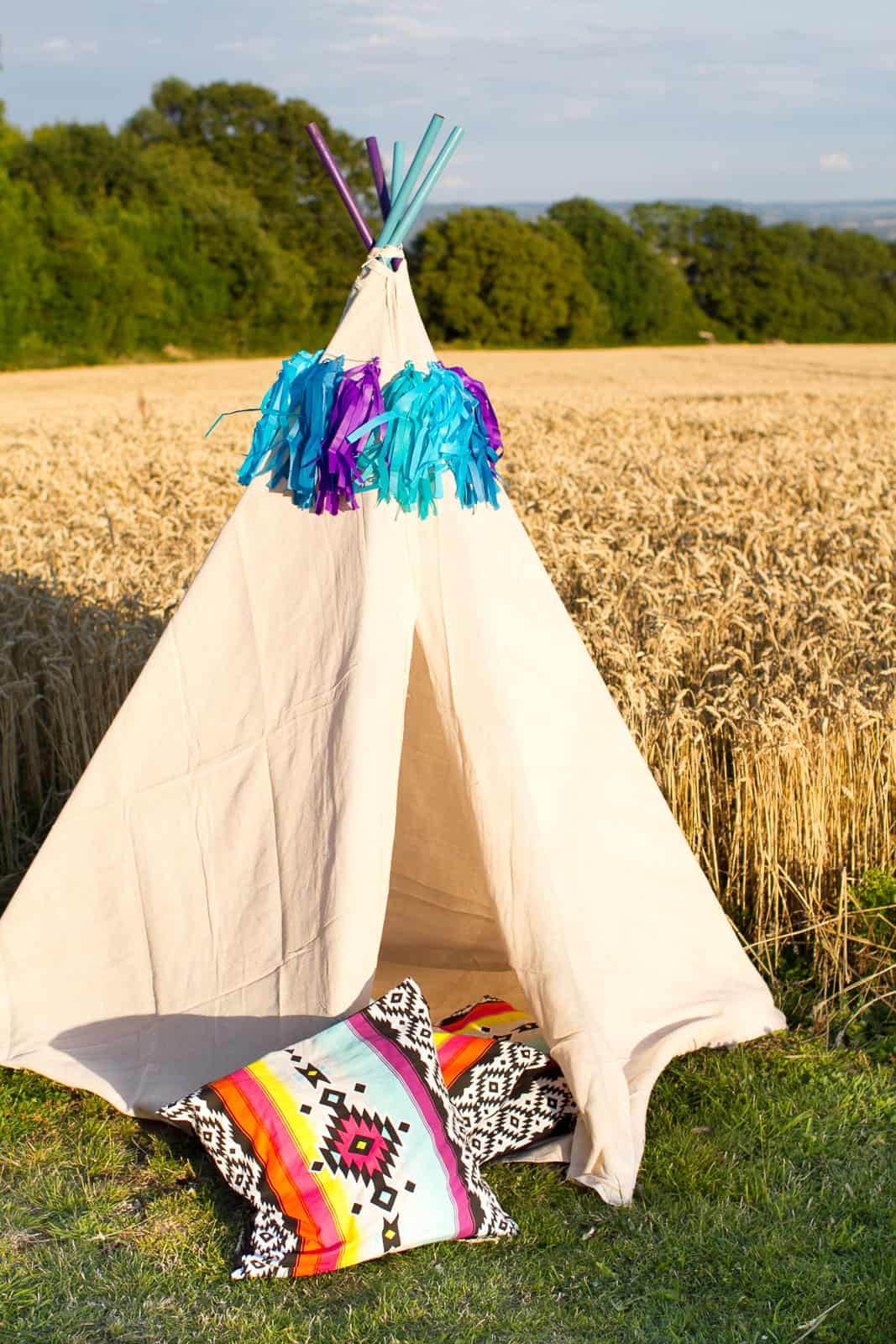 DIY Mini Tipi