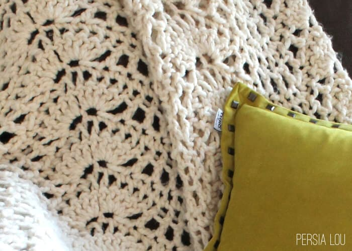 Chunky Feather and Fan Crochet Blanket