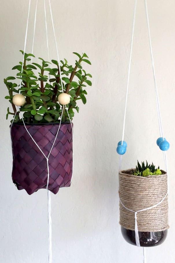 Easy DIY Plant Hangers