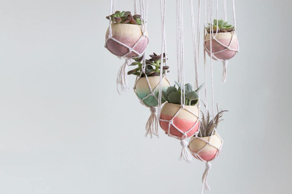 Beau Hanging Planter