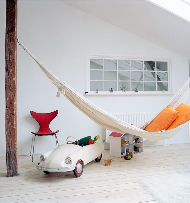 Hammock Ideas: 18 Awesome Indoor Hammock Ideas For A Lazy Sunday Morning