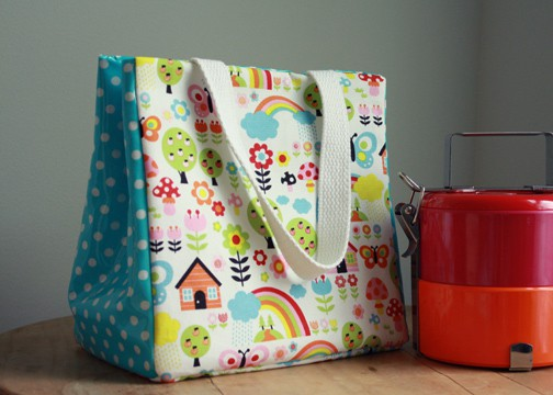 Make a lunch bag to carry your bento boxes