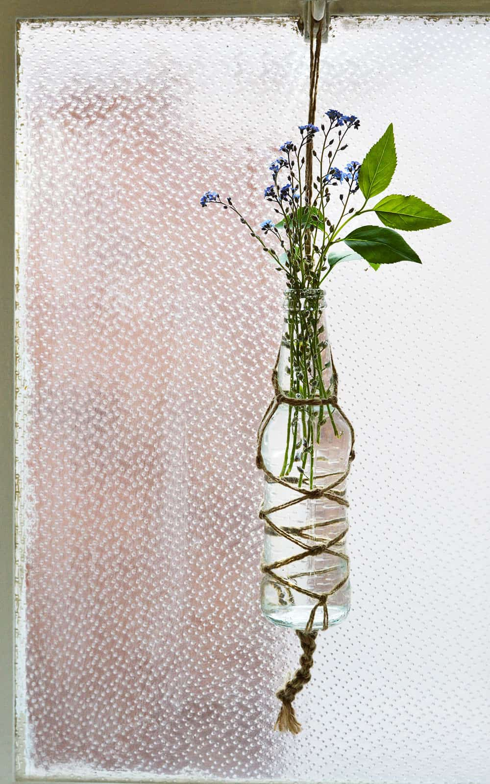 DIY MACRAME BOTTLE VASES