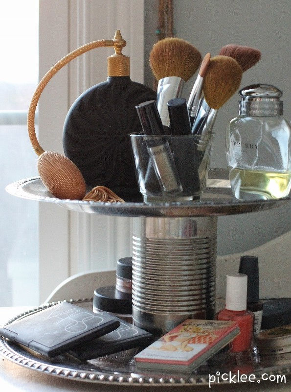 This DIY two tier organiser is perfect for small dressing tables