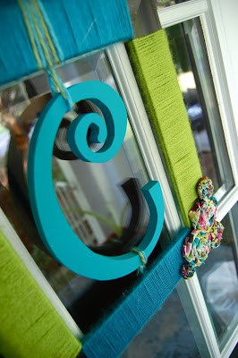 Make a cute summer wreath