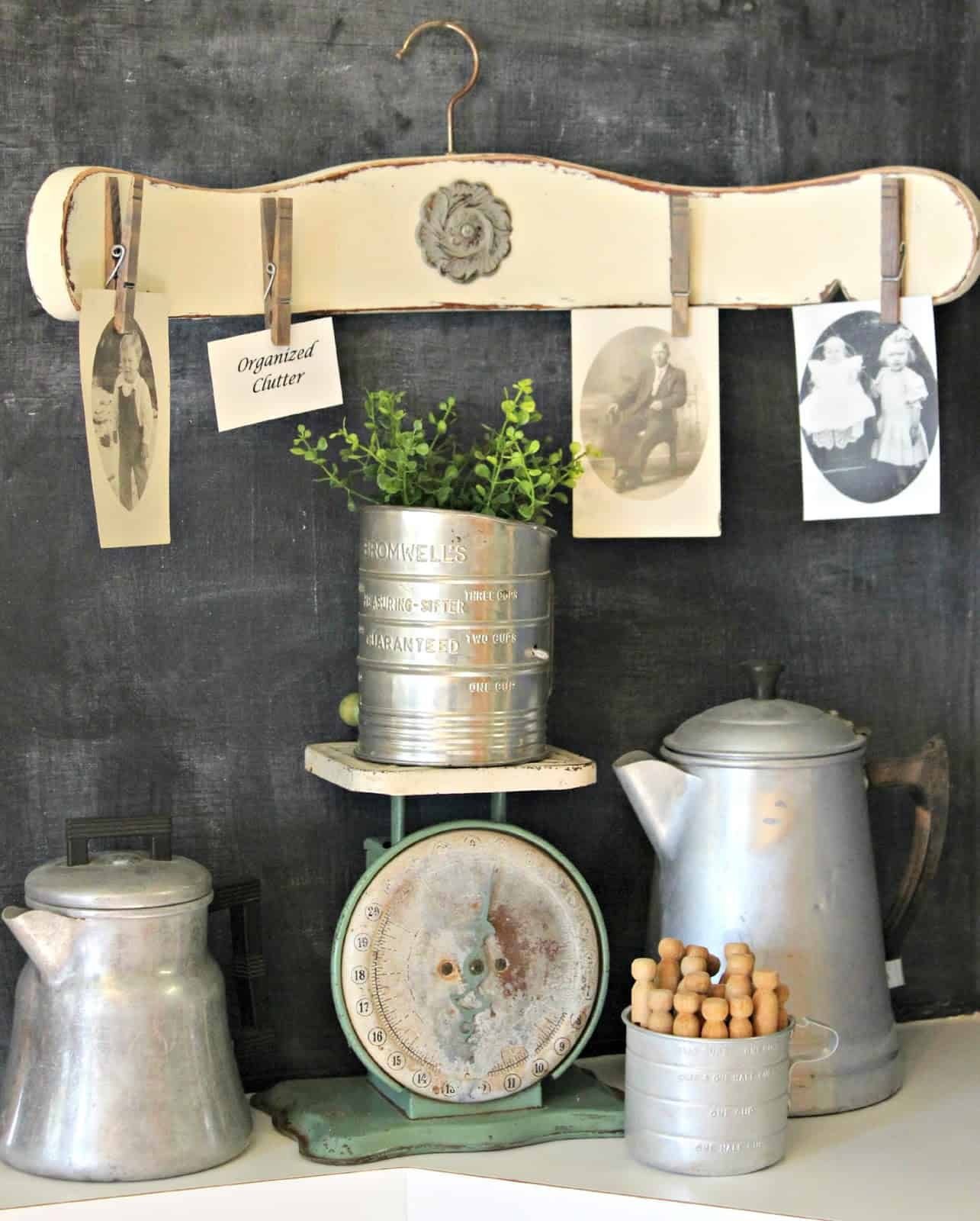 25 Genius Ways To Repurpose Old Wooden Chairs You Need To See