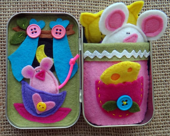 Sweet Dreams Tiny Mouse Altoids Tin Playset