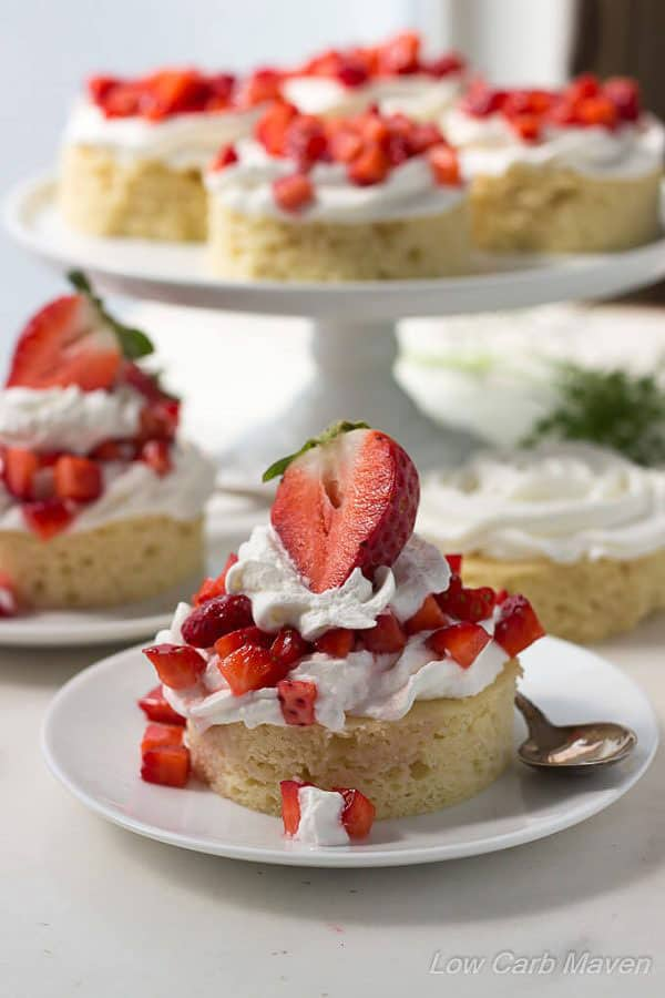 LOW CARB STRAWBERRY SHORTCAKE DESSERT (ALMOND FLOUR)
