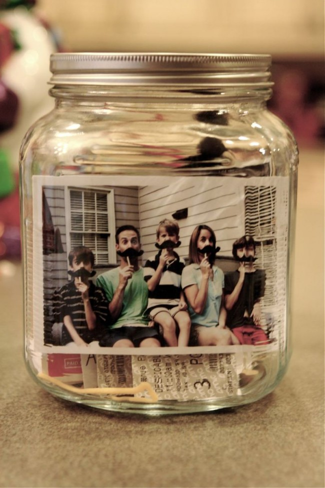 What a BRILLIANT idea! Make a time capsule with the kids on New Year