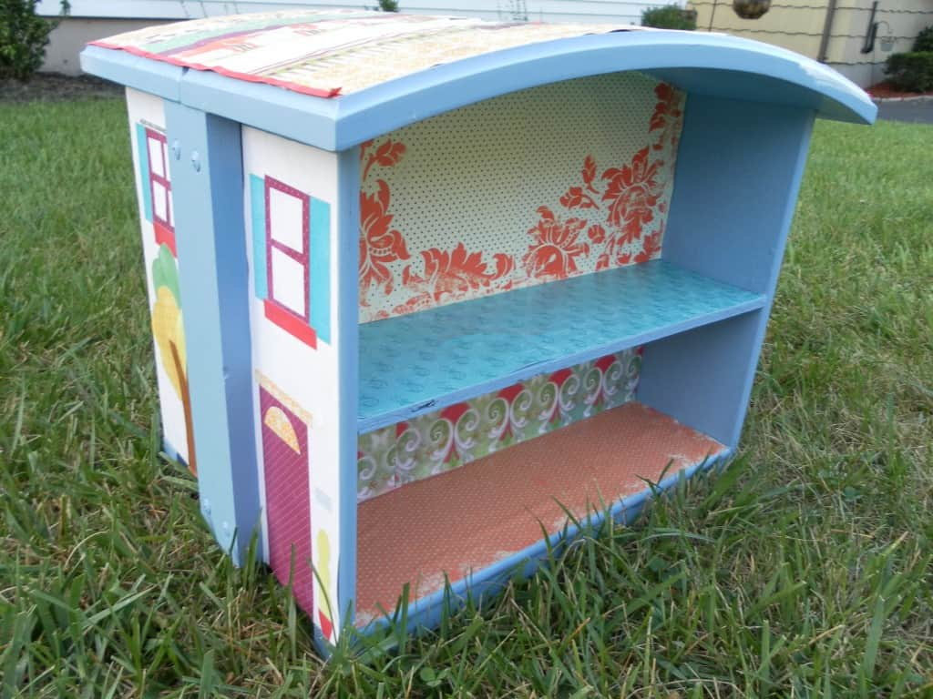 Take two drawers and turn them into a dollhouse