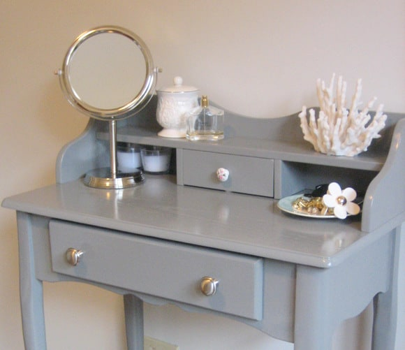 Superb Love This Vintage Vanity Table Makeover!
